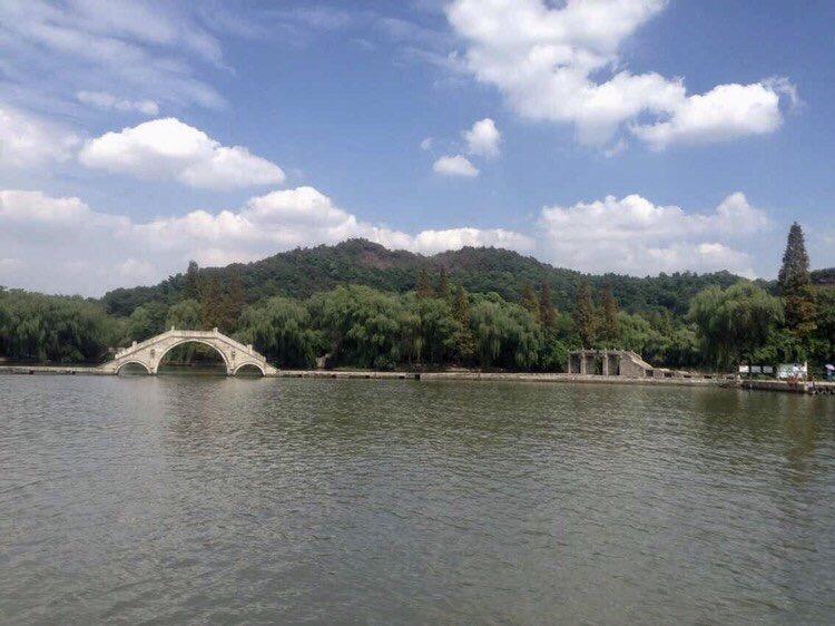 江南绝胜   天然图画  柯岩风景始于汉代,距今已有一千八百多年历史