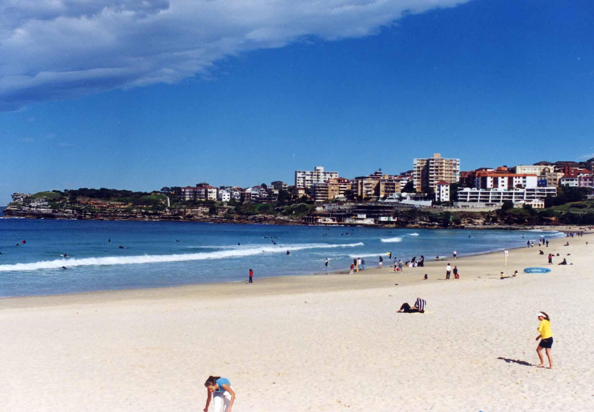 悉尼海滩丹b��(�9��_【携程攻略】悉尼邦迪海滩景点,邦迪海滩离市中心很近