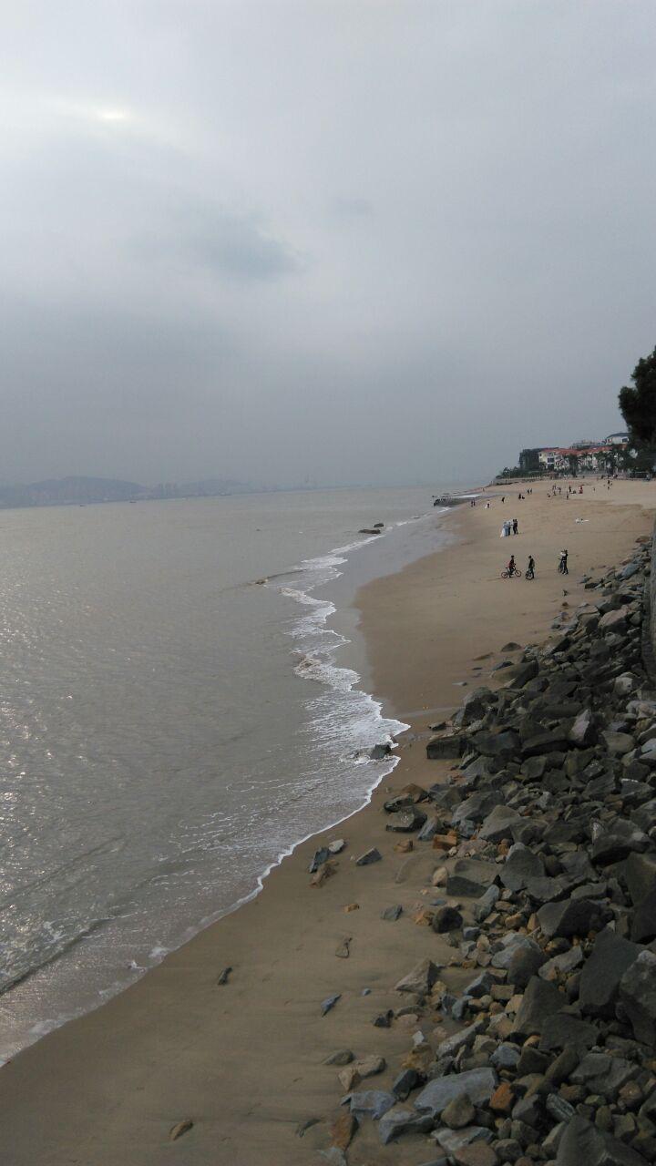 环岛路的海边风景