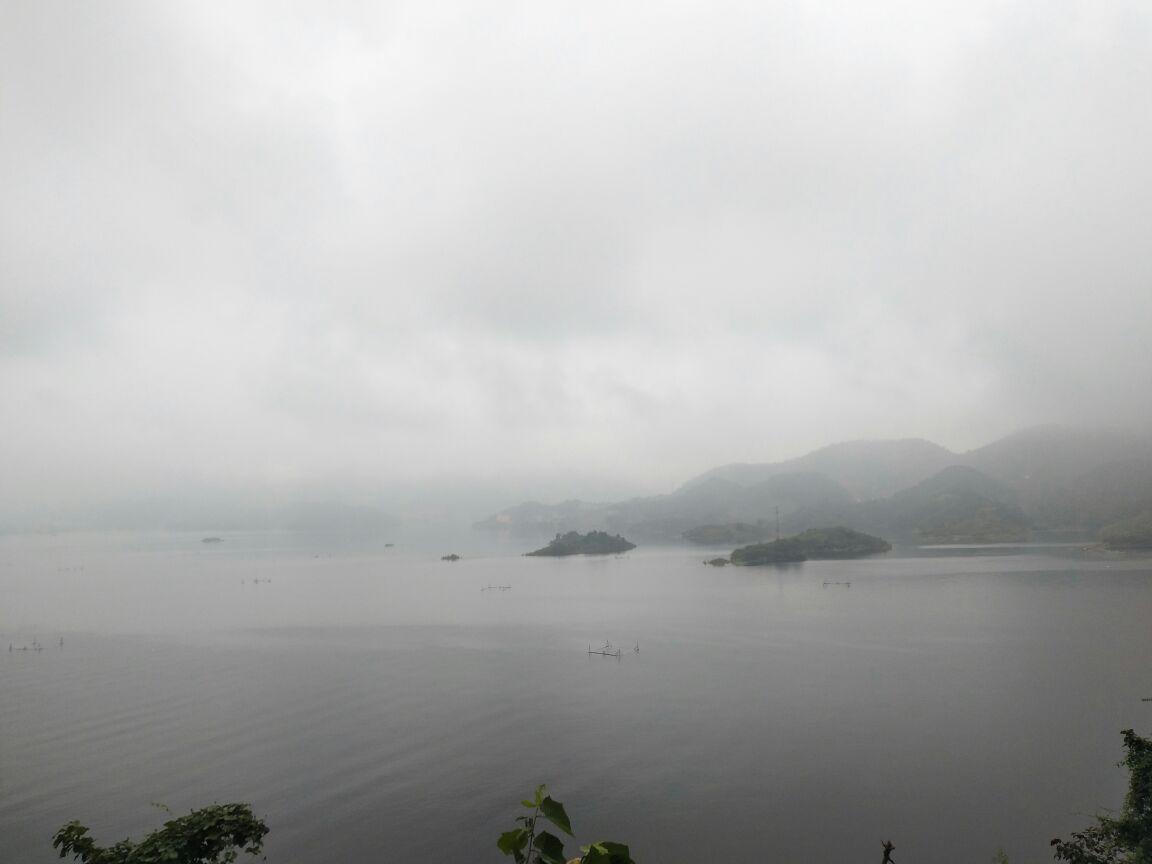 跟杭州的千岛湖没法比. 2017-10-05有用 ( 0)