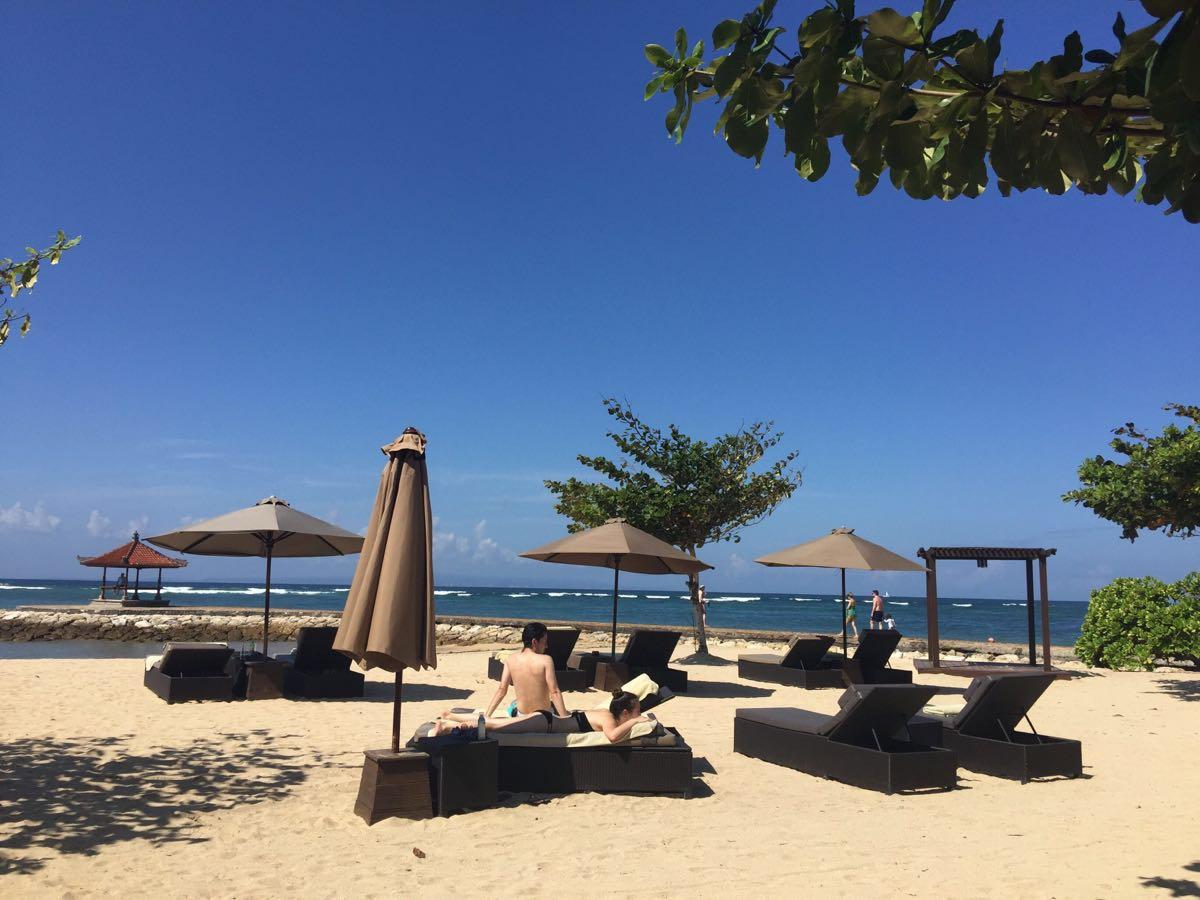 【携程攻略】巴厘岛努沙杜瓦景点,沙滩很干净,风景很