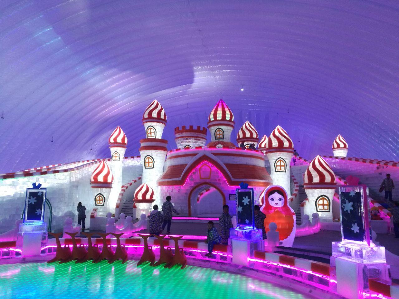 """哈尔滨冰雪大世界室内主题乐园""""童话冰世界""""图片"""