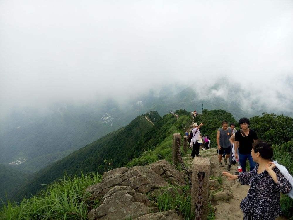 (梧桐山国家森林公园),于1993年5月被广东省政府授予省级风景名胜区.