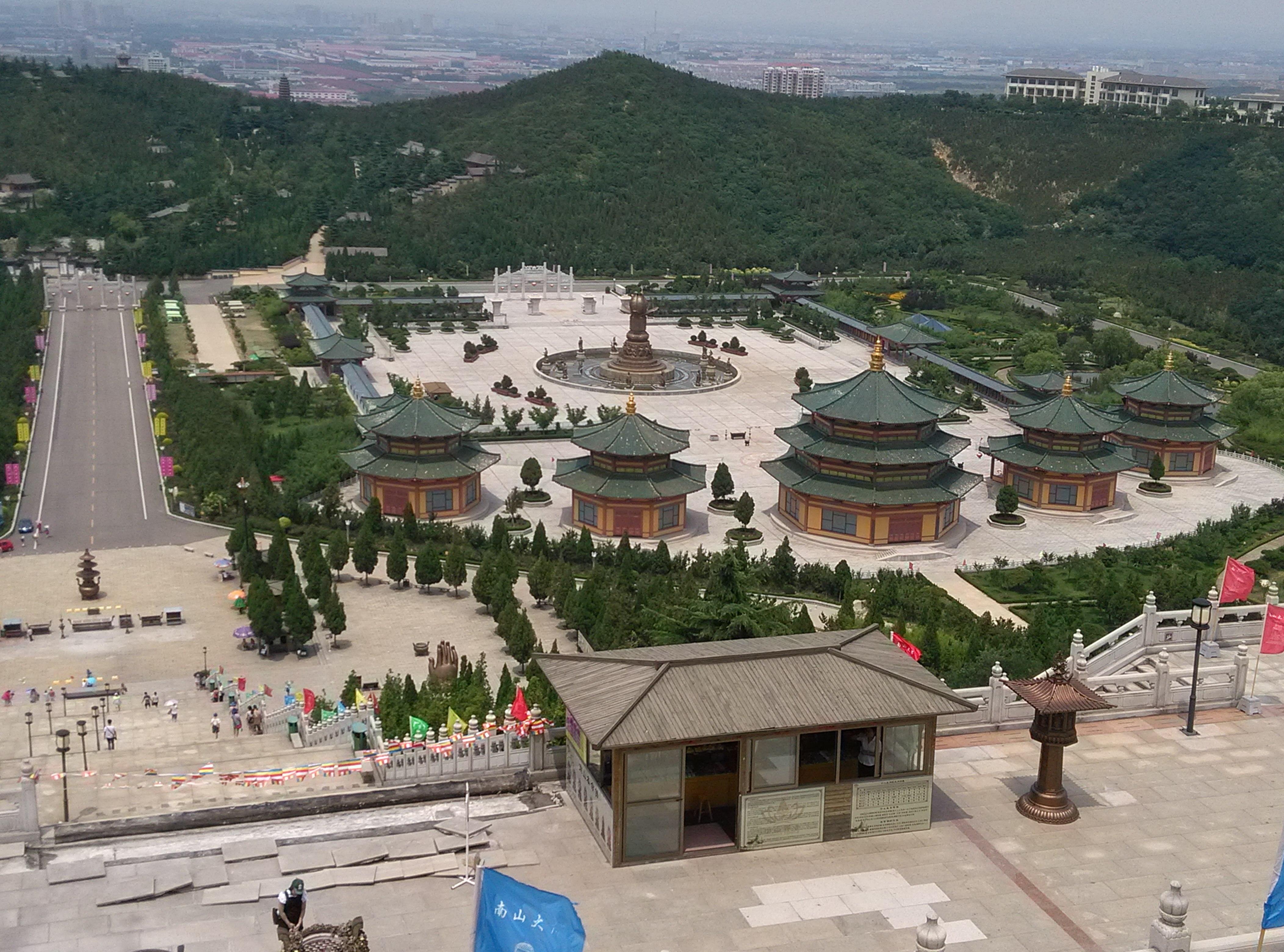龙口南山禅寺高清图片