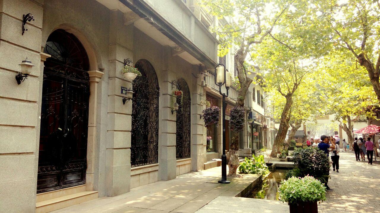 【携程攻略】杭州南宋御街购物,南宋御街,坐地铁到路