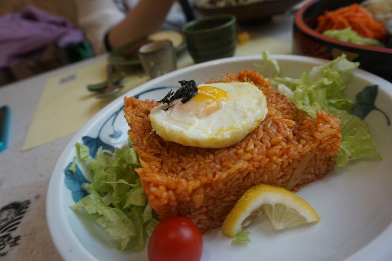 石锅蒜仔鳕鱼是最近爱上的一道菜,蒜入味好吃,习惯了韩式烧鳕鱼的同学图片