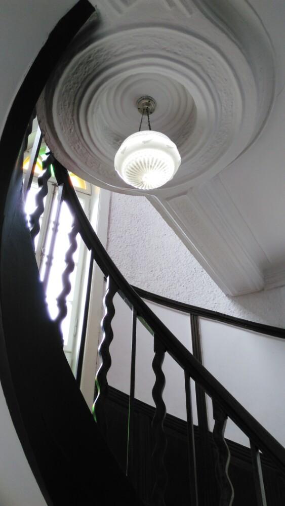 五层楼梯灯触摸电路接线图
