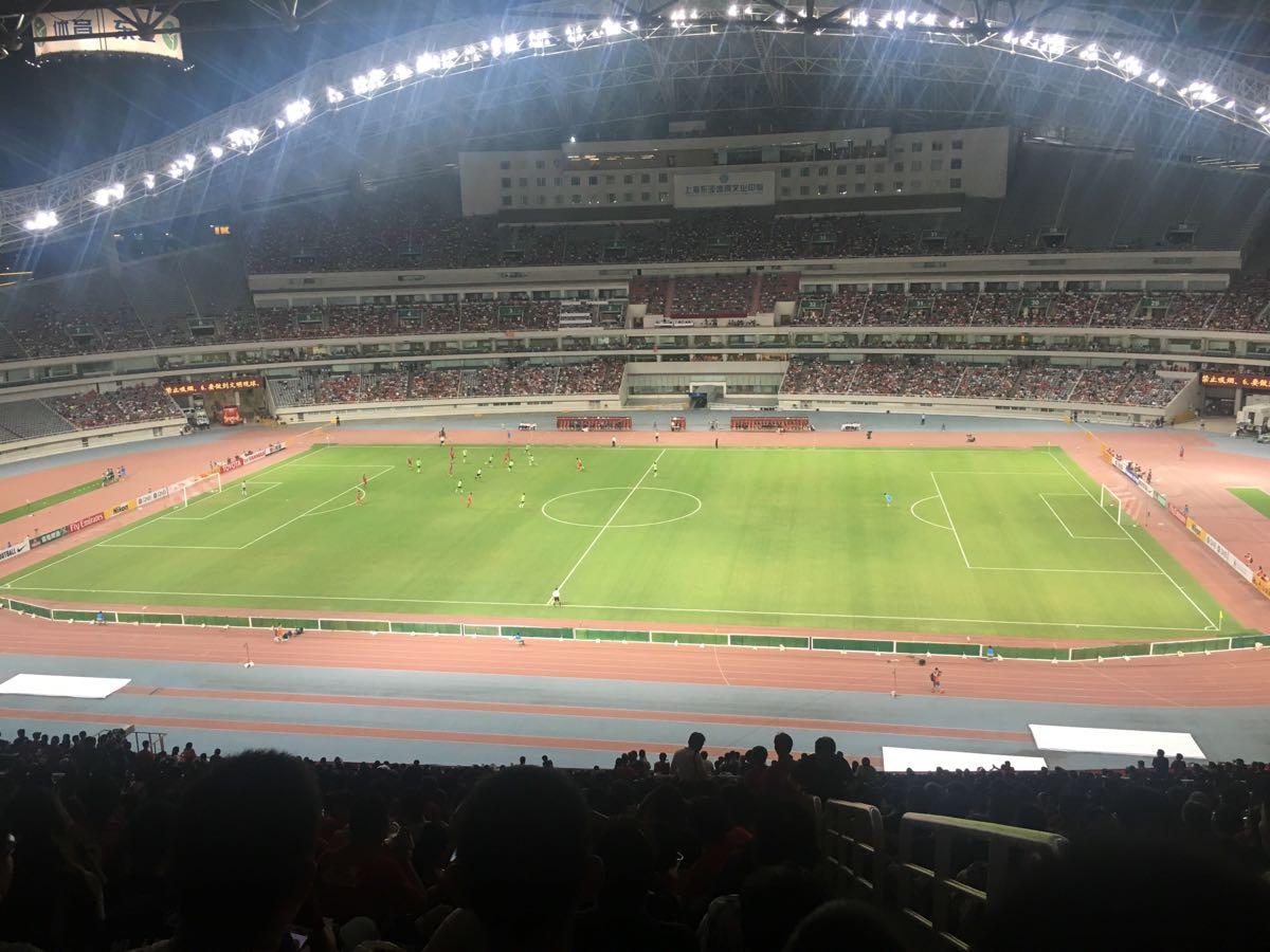 上海体育场孙吉初中图片