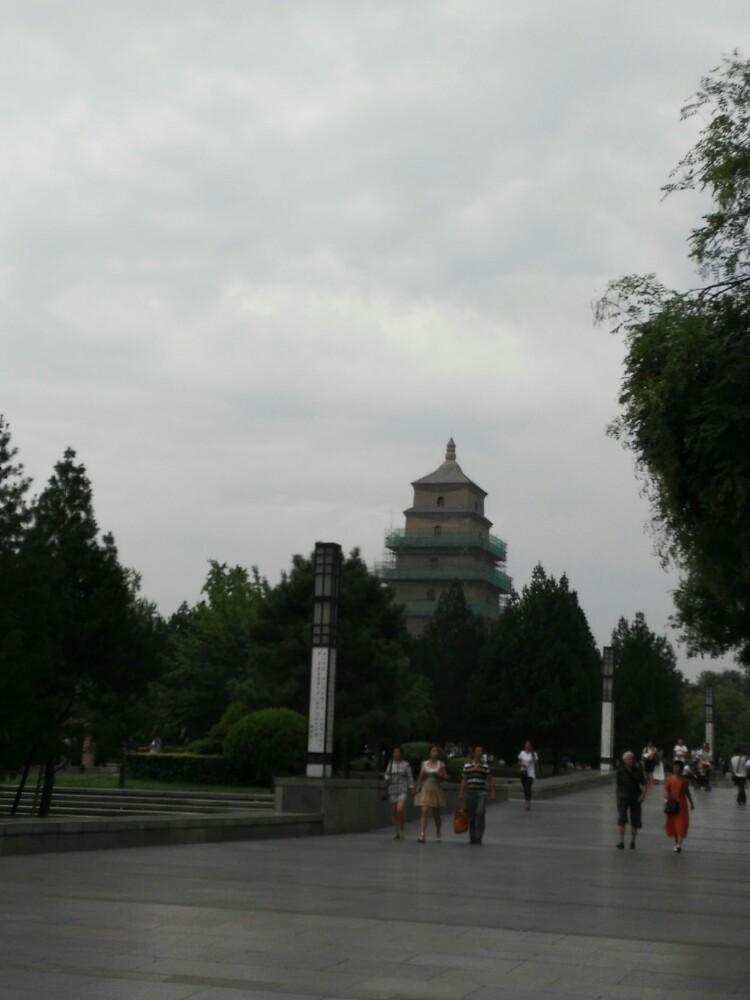 大雁塔南广场最明显的标志就是玄奘