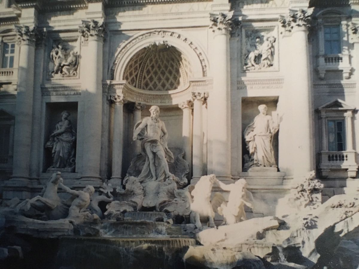 【携程攻略】罗马特莱维喷泉景点,许愿池总是那么多人