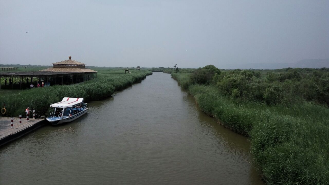 处女泉风景区地处陕西省渭南市合阳县洽川镇,属于黄河滩涂湿地,是全国