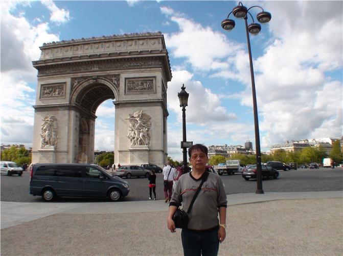 [原创]观巴黎凯旋门和红磨坊表演。法国6.西欧