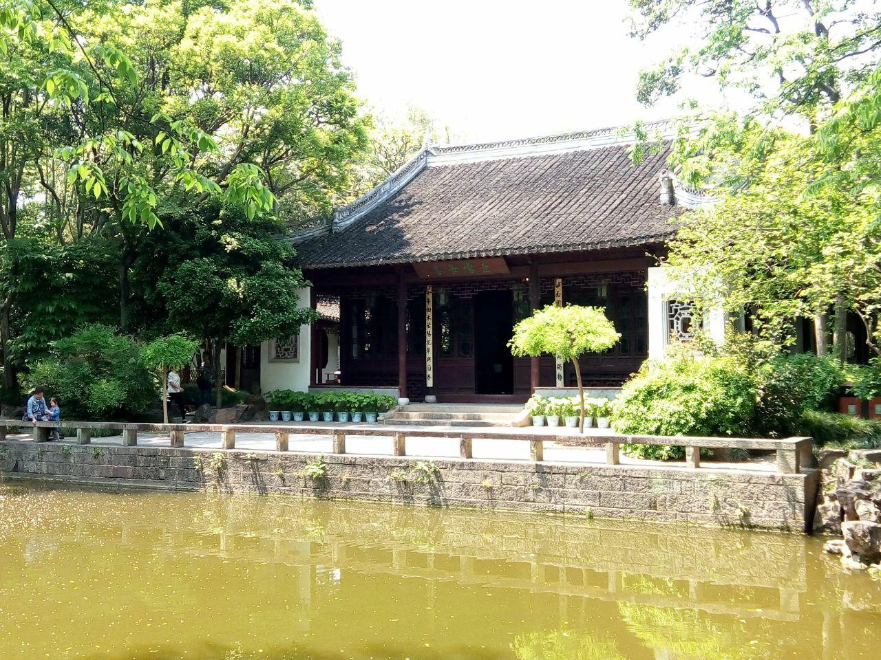 上海周边的四大古园林之一(嘉定秋霞
