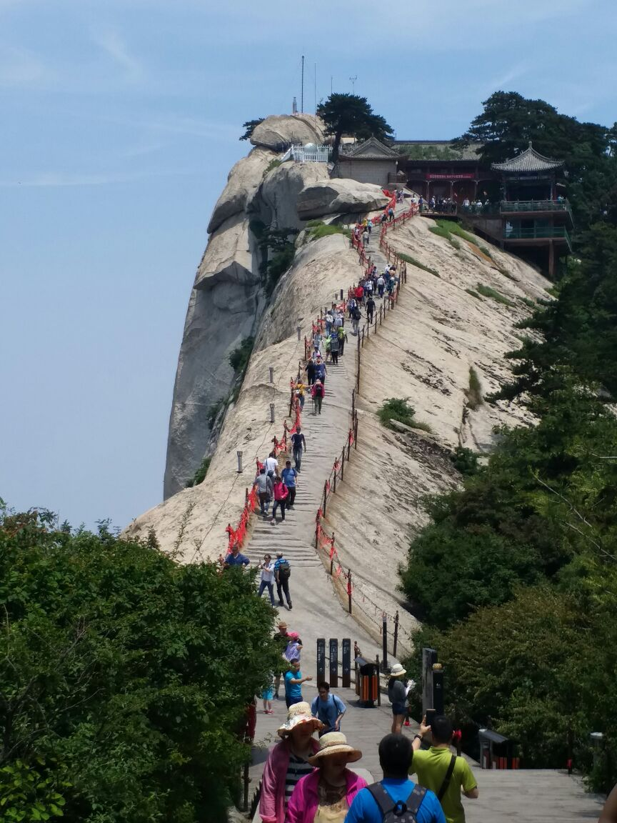 华山仙门有声小�_自古华山是和险峻连在一起的,值得去看看,华山有