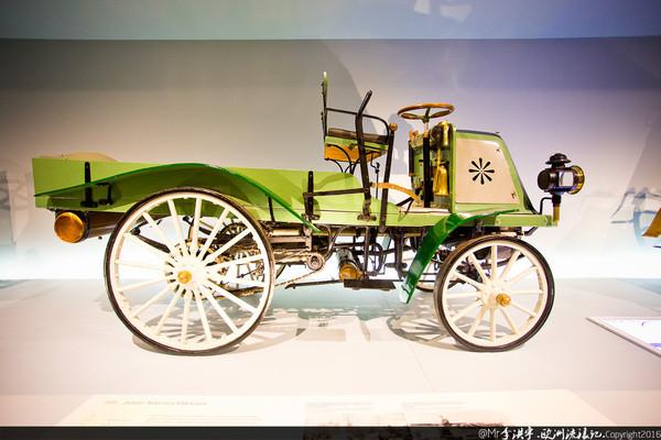 诞生于130年前,世界上第一辆汽车长啥样?