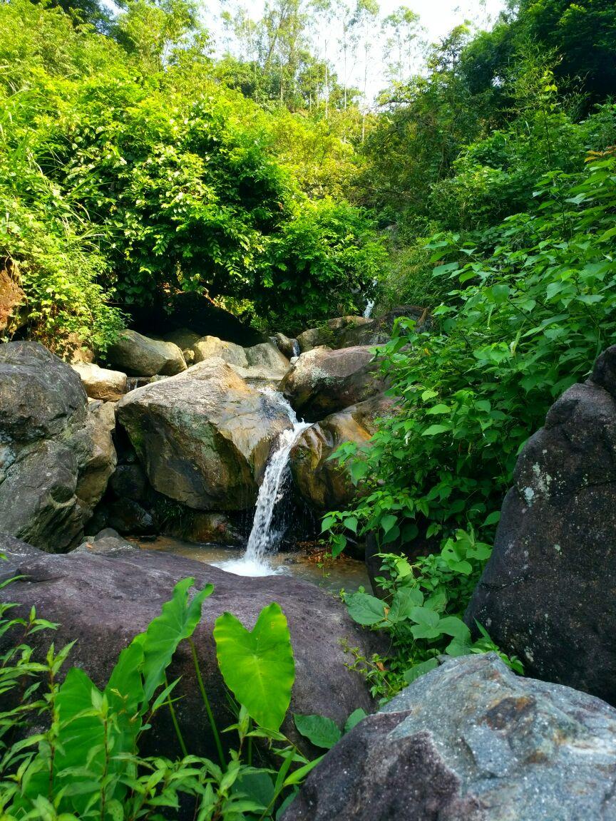 长泰鼓鸣岩风景区