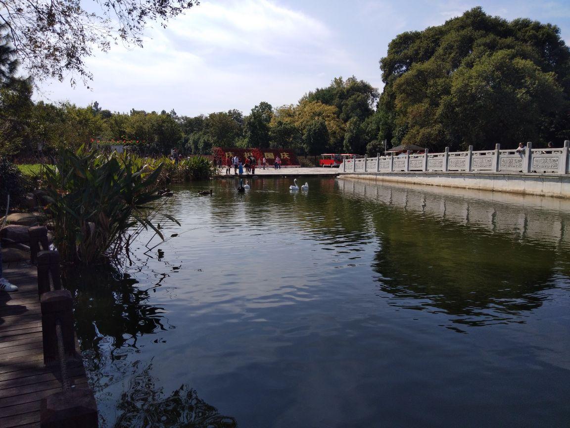 舒城萬佛湖風景區好玩嗎,舒城萬佛湖風景區景點怎么樣