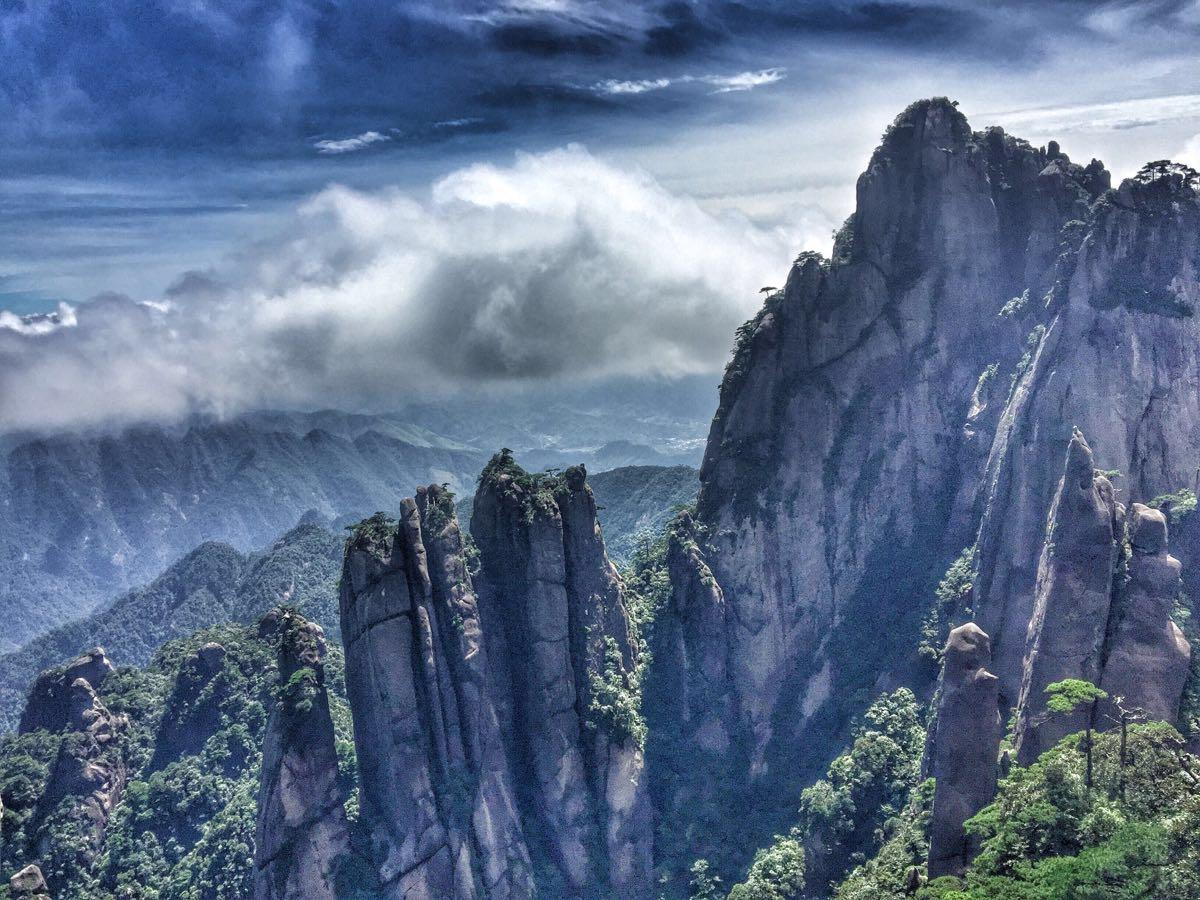 好玩的地方_三清山有哪些好玩的地方?