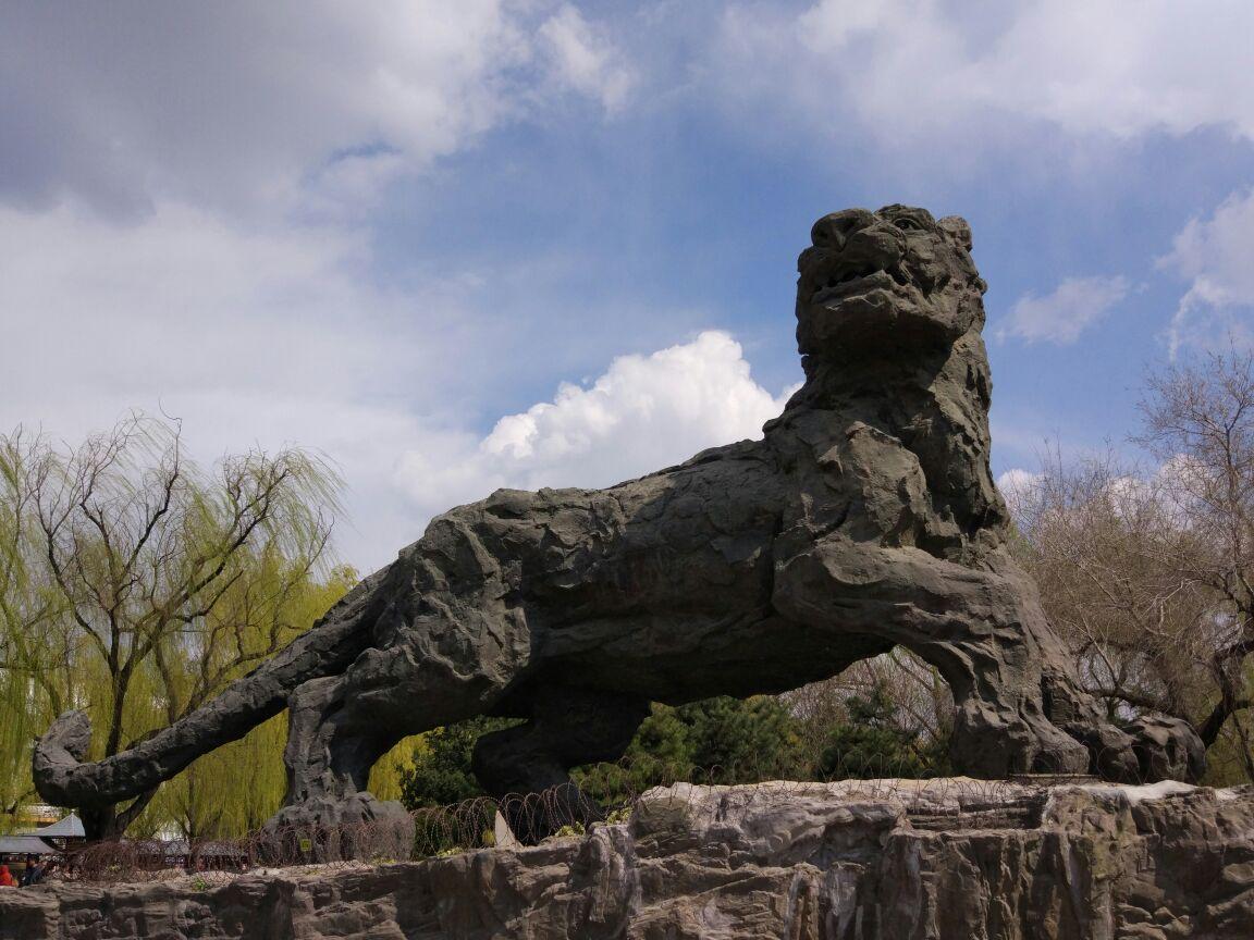 想当年北京动物园在全国独占鳌头,现在随着很多地方动物园的发展,已经