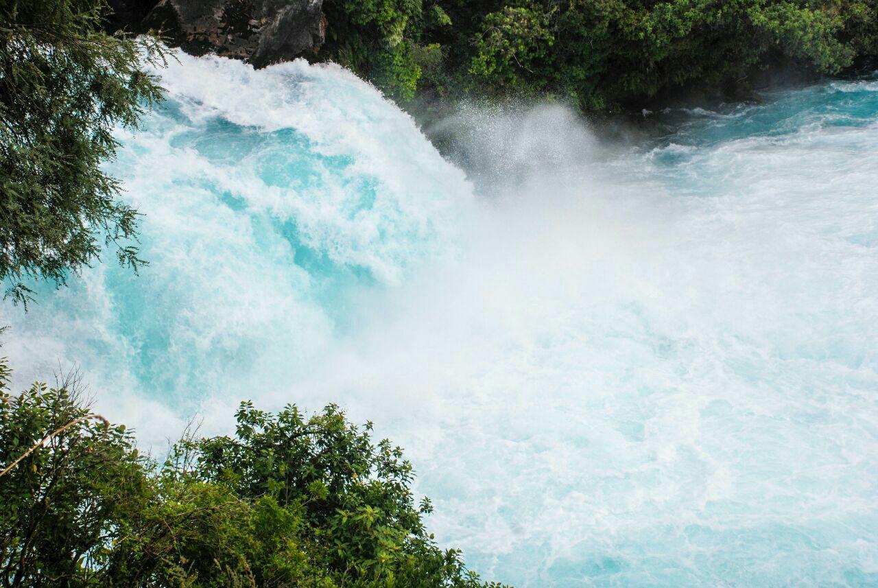 壁纸 风景 旅游 瀑布 山水 桌面 1280_857