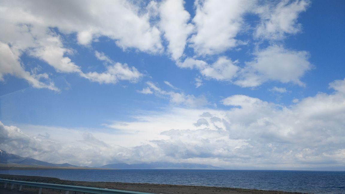 赛里木湖旅游景点攻略图暗黑攻略手游世界图片