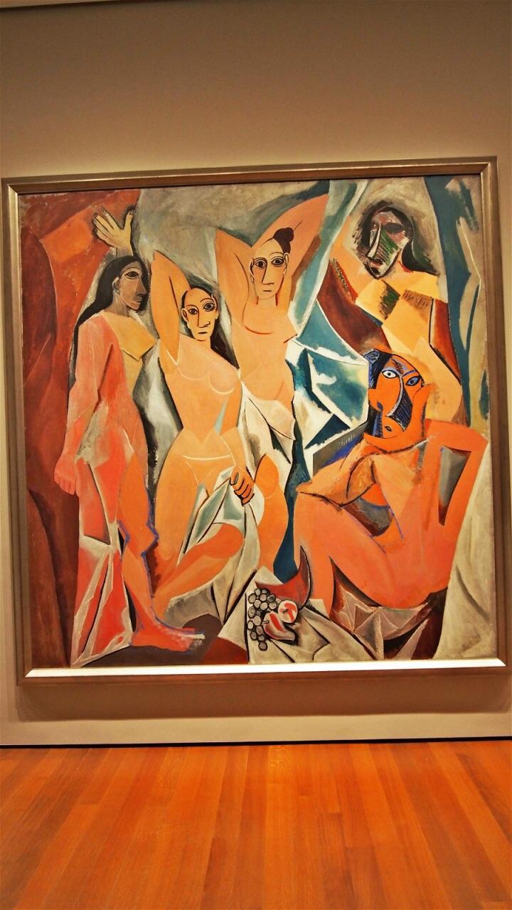 绘画集中在4,5楼,镇馆之宝是梵高的《星夜》,另外还有毕加索,克林姆特图片