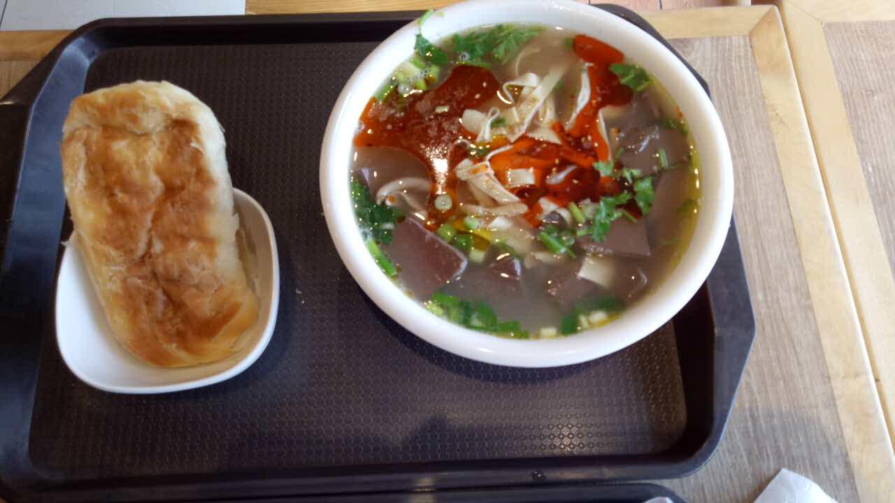 江宁鸭血天下汤(家乐福亚惠店)肉酿粉丝美食辣椒图片