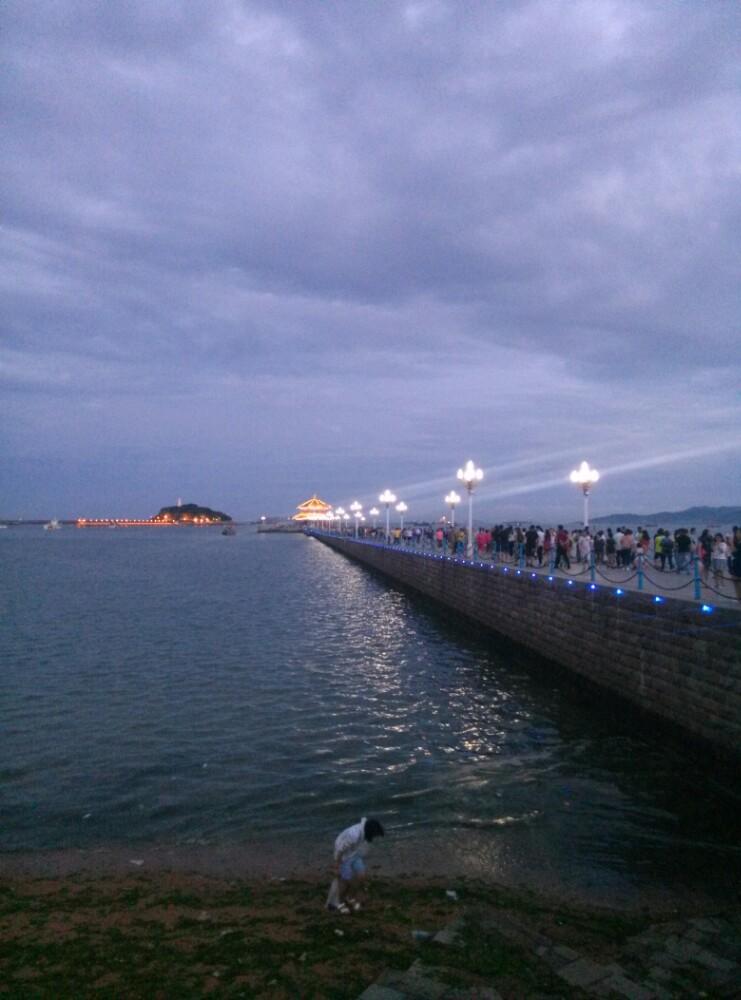 青岛栈桥早晨美图