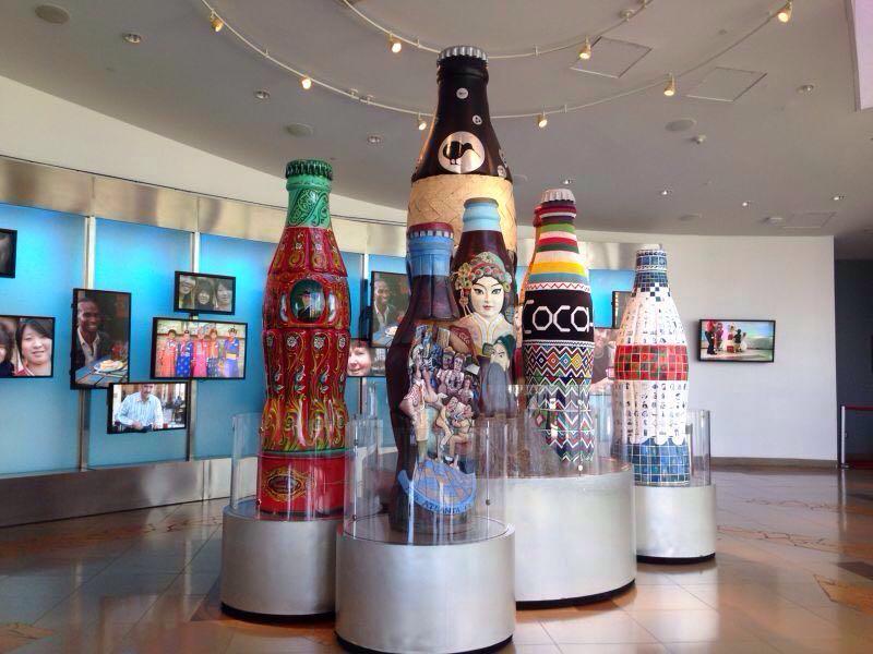 展示可口可乐的发展史,各时期发展,历史事件有详细记载和讲解.图片