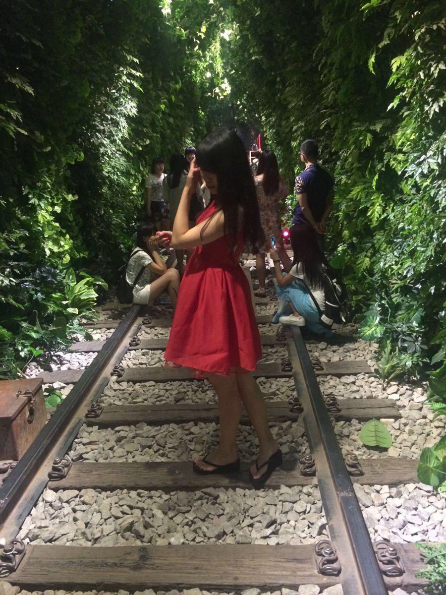 武汉后起之秀,气息街具有很美.拍照风情青春.希露薇的a气息v气息7.0完美攻略图片