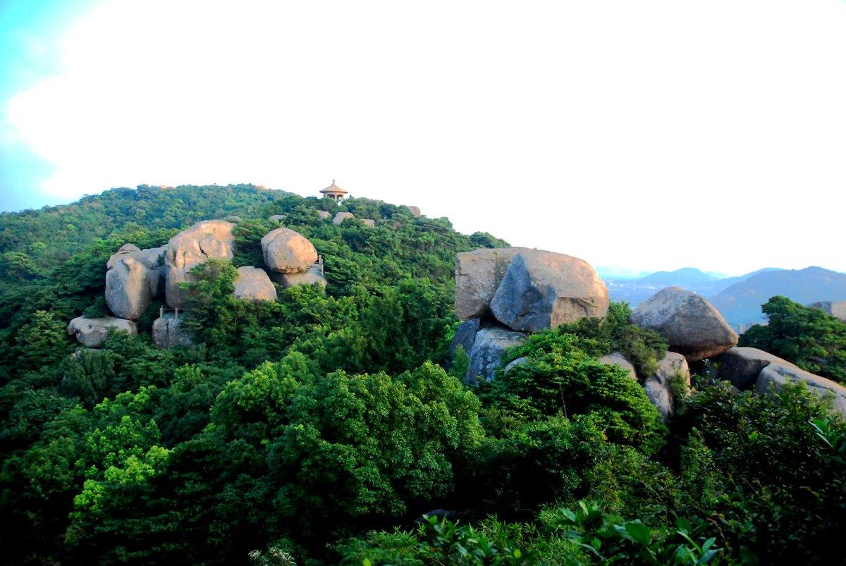 白山景区以丰富的自然景观为基础,凭借历史渊源融入观音文化内涵