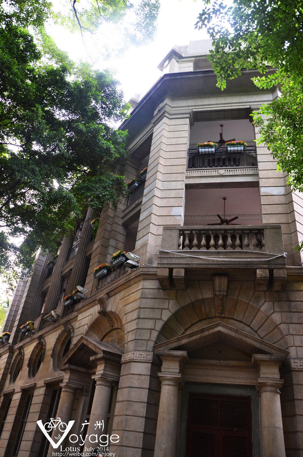我对这样的欧式的建筑就是情有独钟!