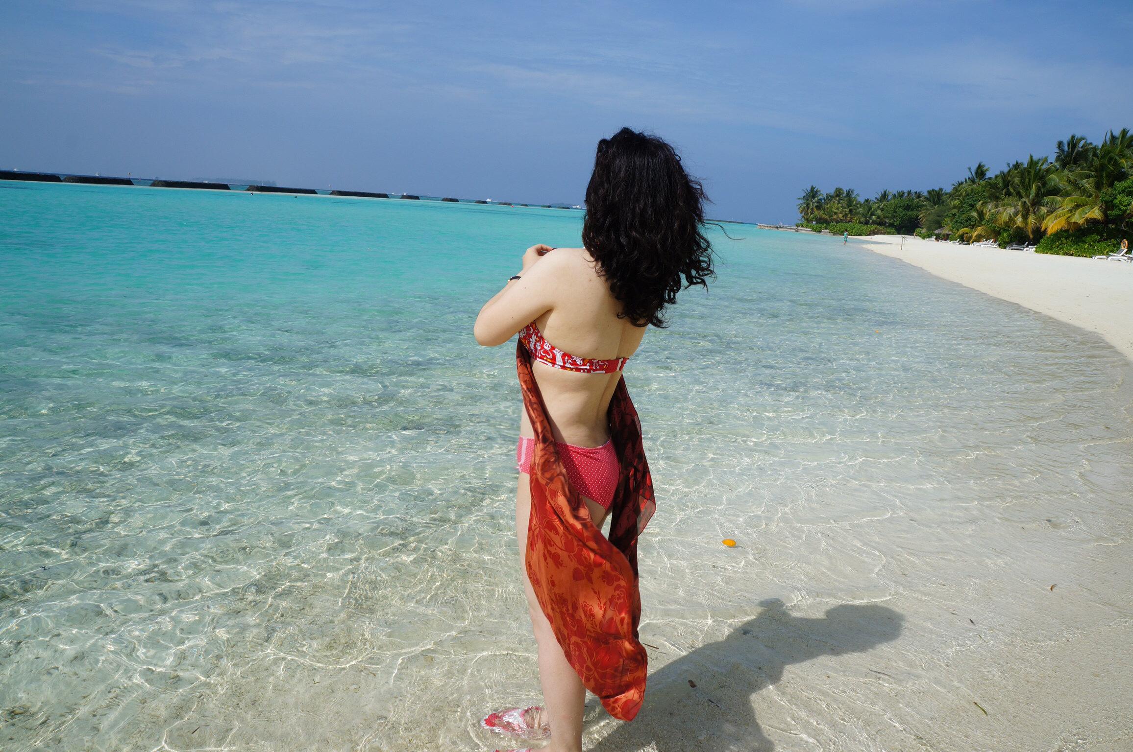 泰国度假穿衣打扮男