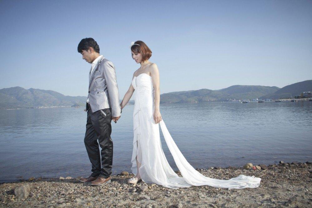 云南哪几个地方拍婚纱照好些啊?