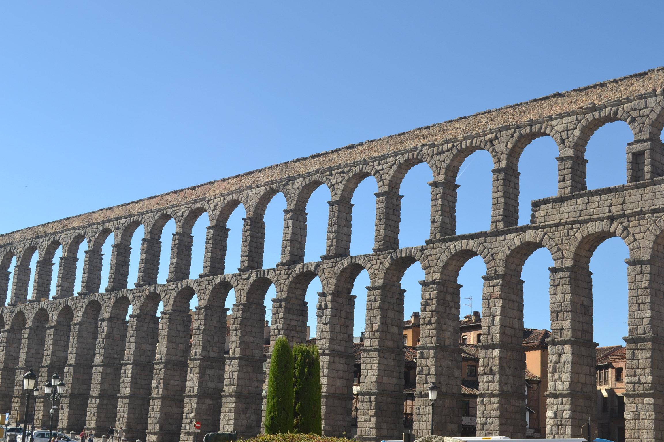 古罗马大渡槽图片