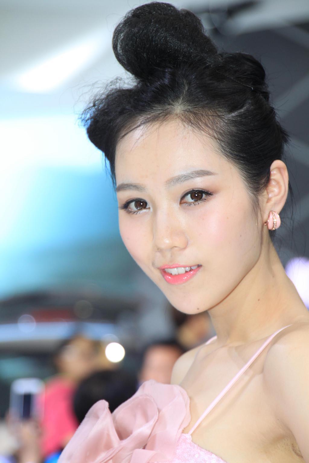 2014年北京车展模特争艳--模特照片