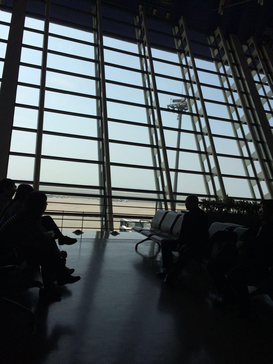 上海旅游攻略指南? 携程攻略社区! 靠谱的旅游攻略平台,最佳的上海自助游、自由行、自驾游、跟团旅线路,海量上海旅游景点图片、游记、交通、美食、购物、住宿、娱乐、行程、指南等旅游攻略信息,了解更多上海旅游信息就来携程旅游攻略。