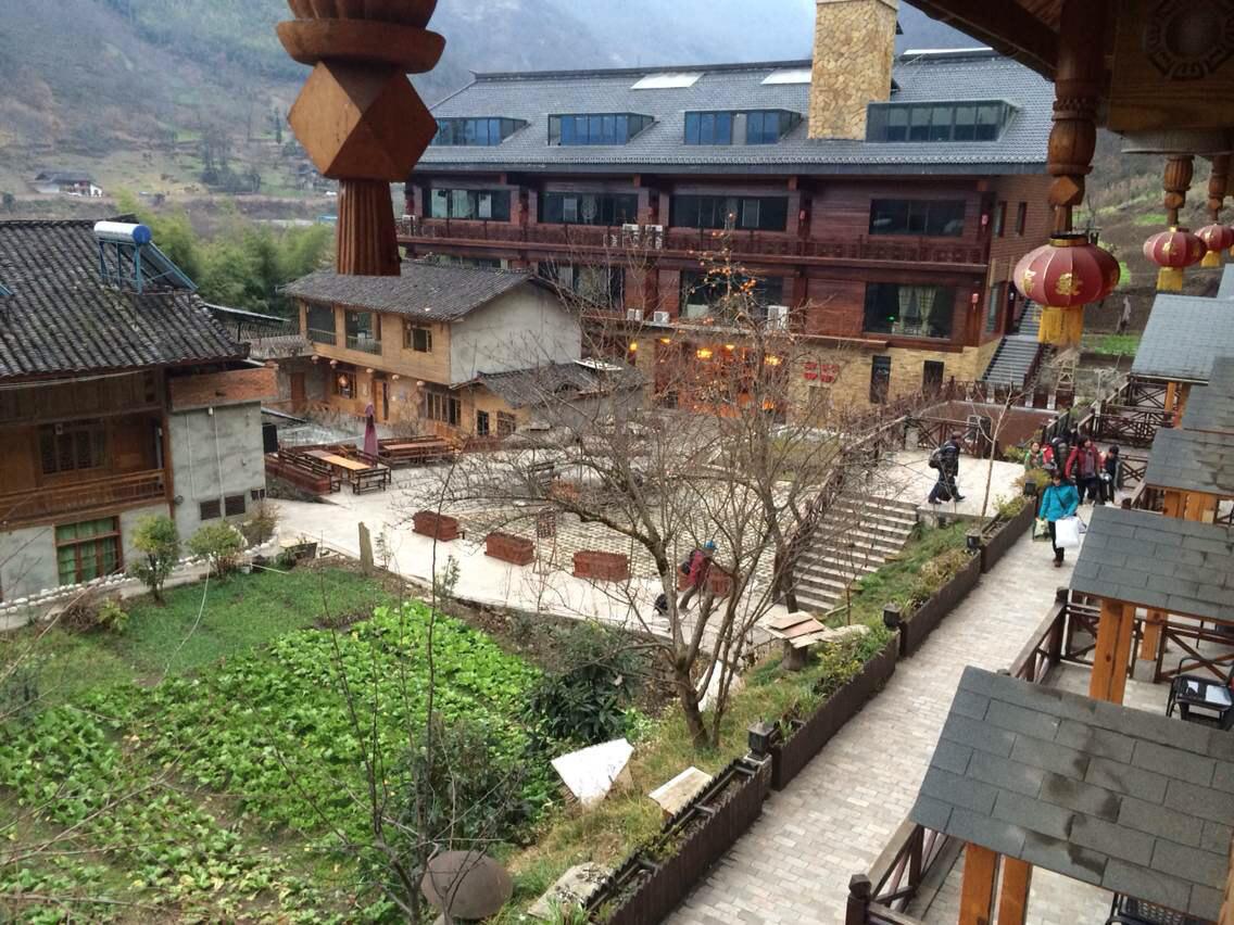 海螺沟木林森村温泉酒店图片