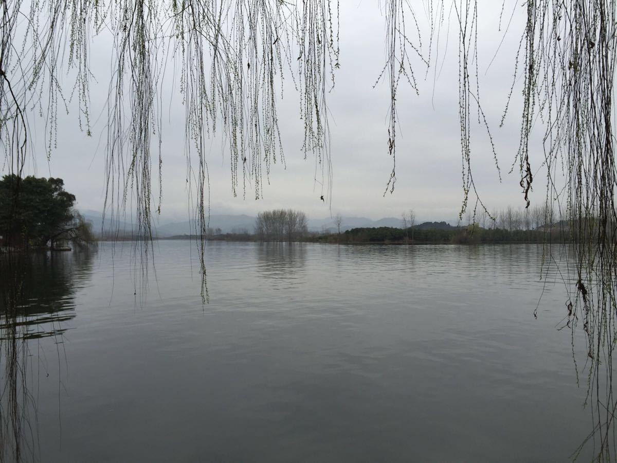 三岔湖风景区好玩吗