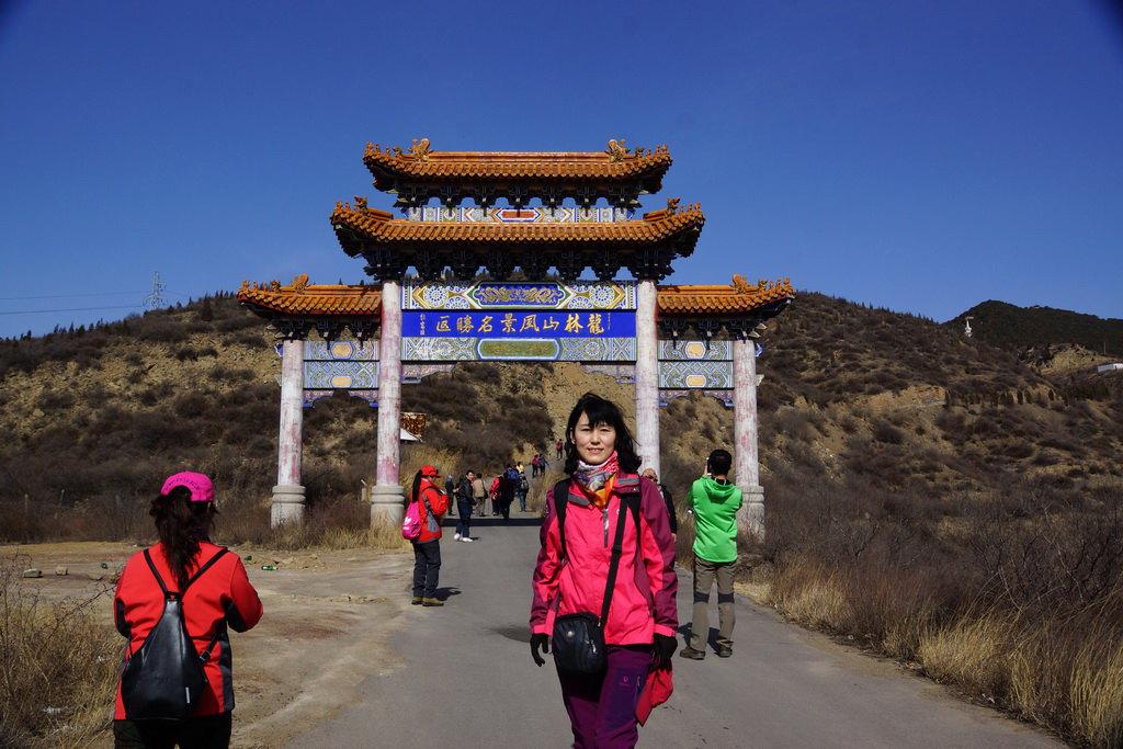 我是太原市清徐县的,想买一个4.2米的新高栏货车,价格3 6万的,请高清图片