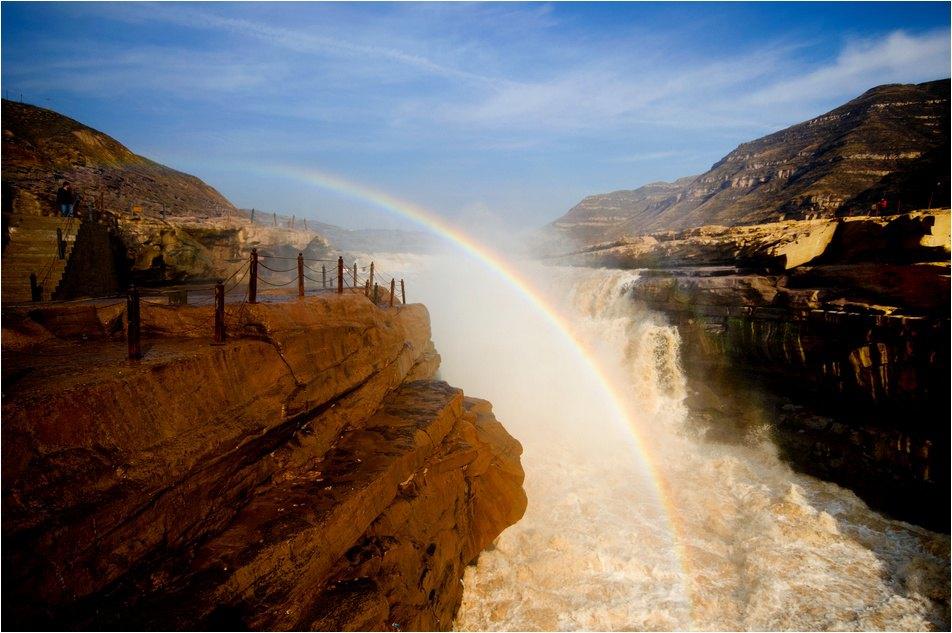 壶口瀑布有两个点,一个是延安的宜川