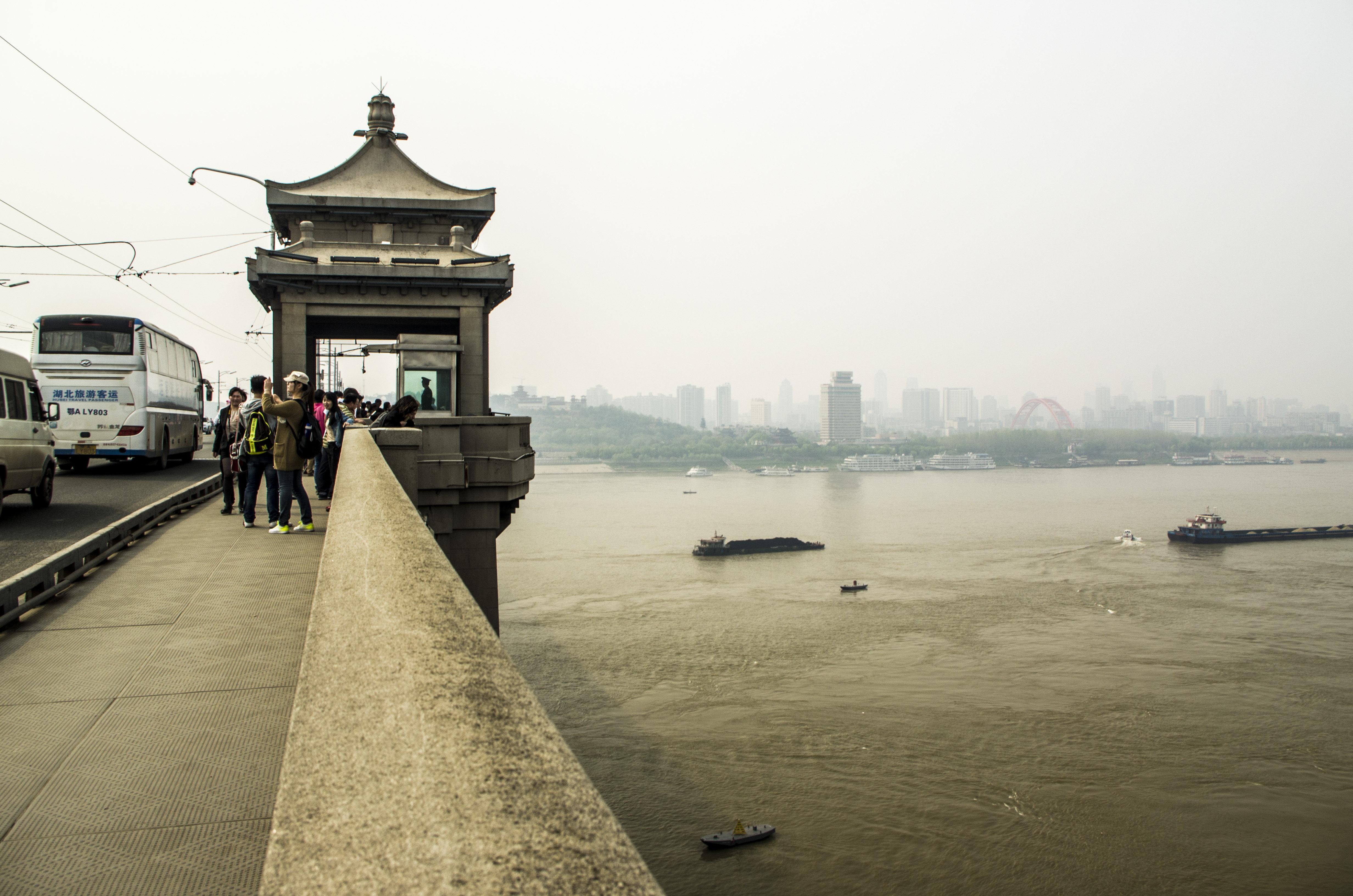 武汉长江大桥密室逃脱1第17关攻略图片