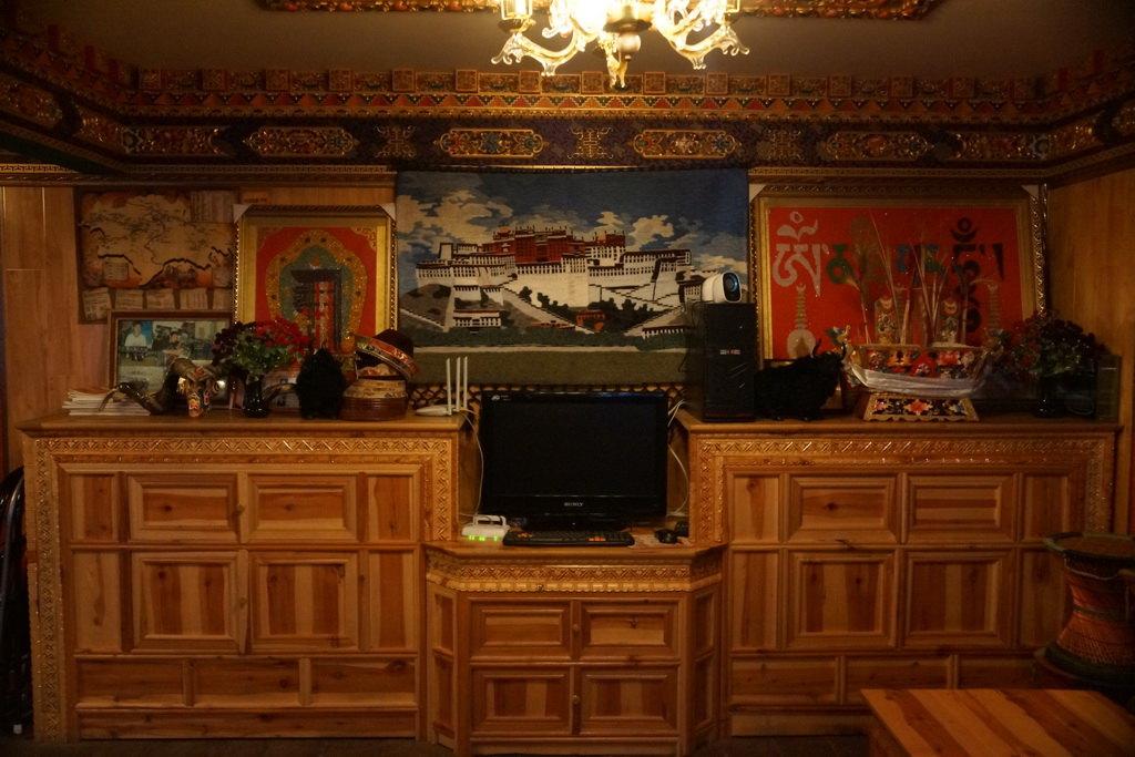 藏式装修客厅效果图