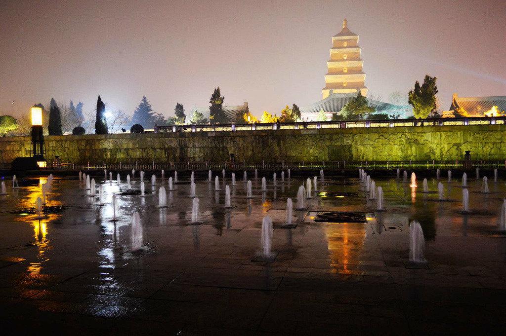 大雁塔北广场喷泉开启时间