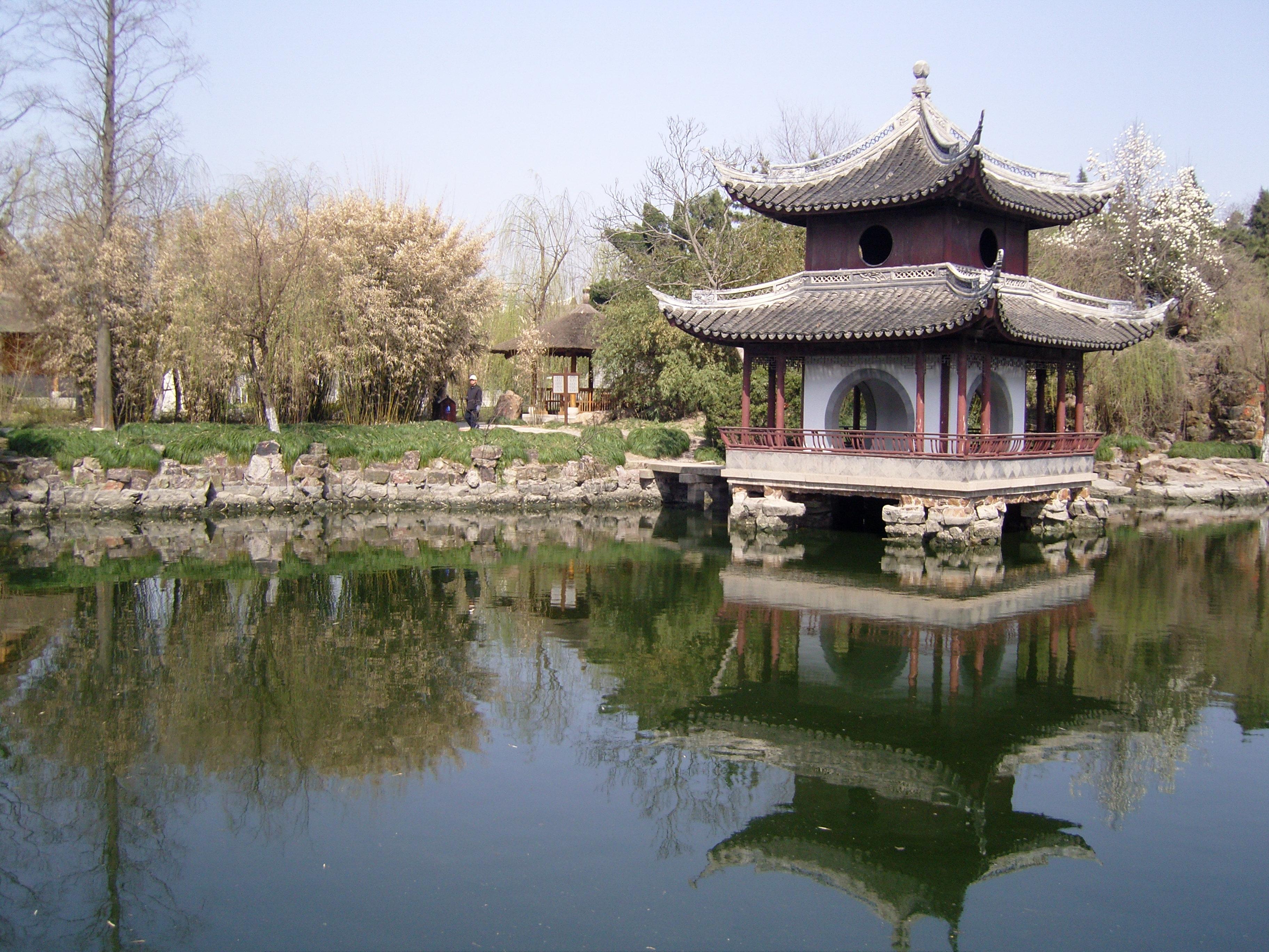 水绘园原是当年秦淮佳丽董小宛和江南才子冒辟疆的栖隐之处.