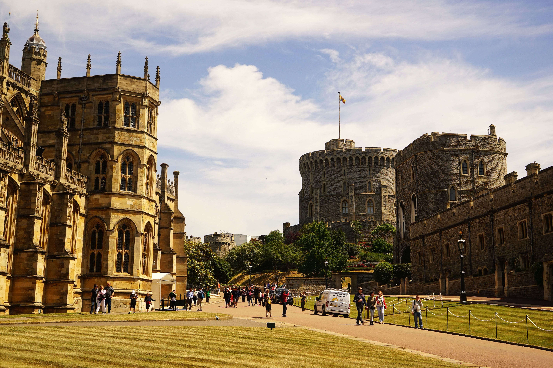 城堡精美木雕图片