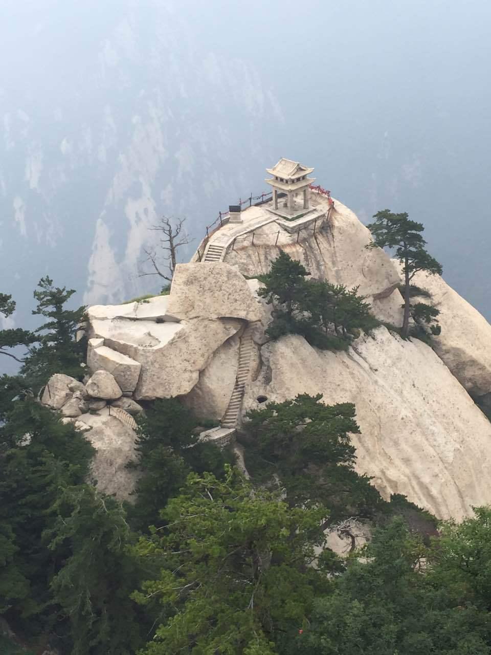 华山惊险一日游图片