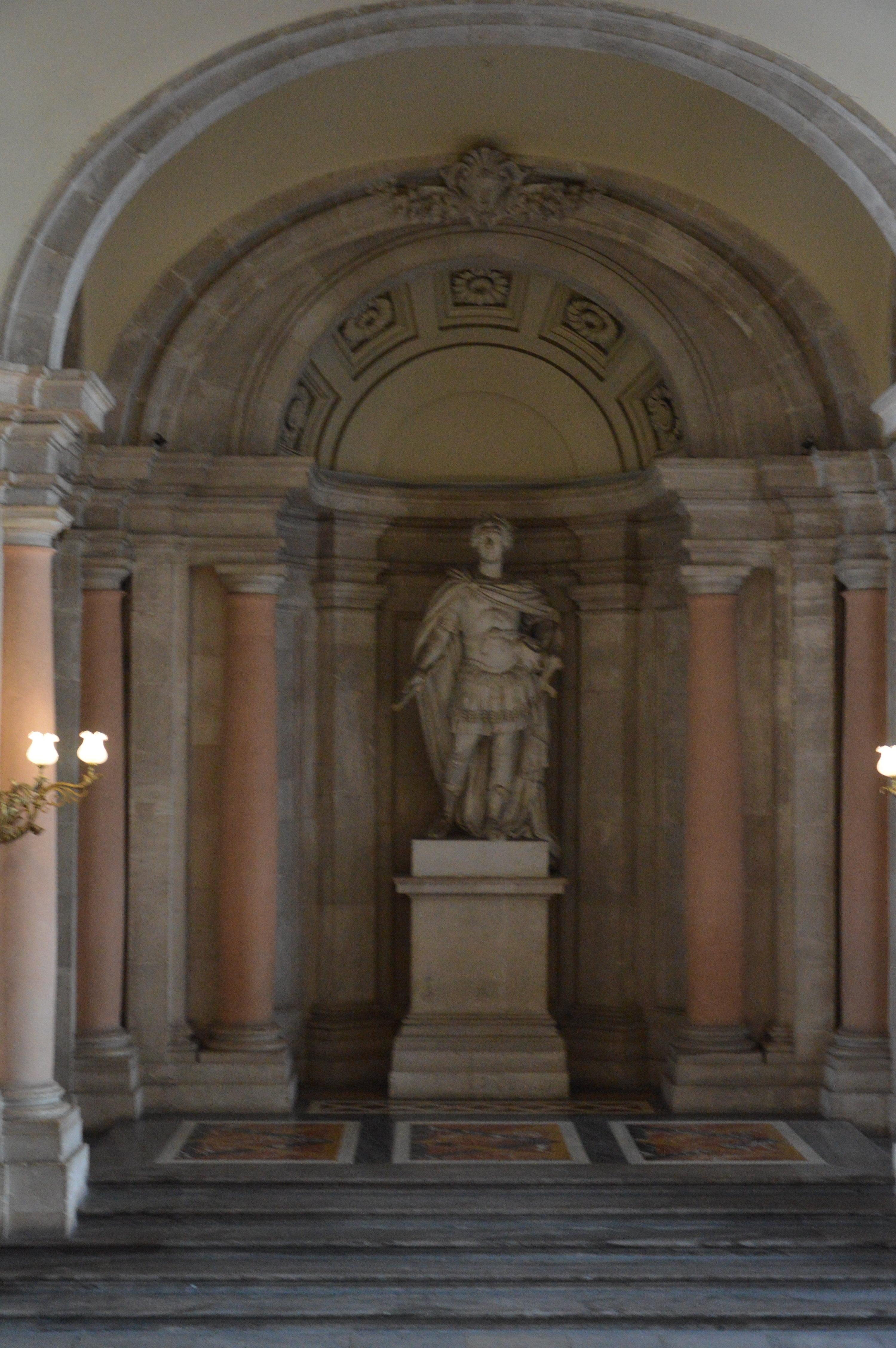 【携程攻略】马德里马德里王宫景点,宫殿内部不允许图片