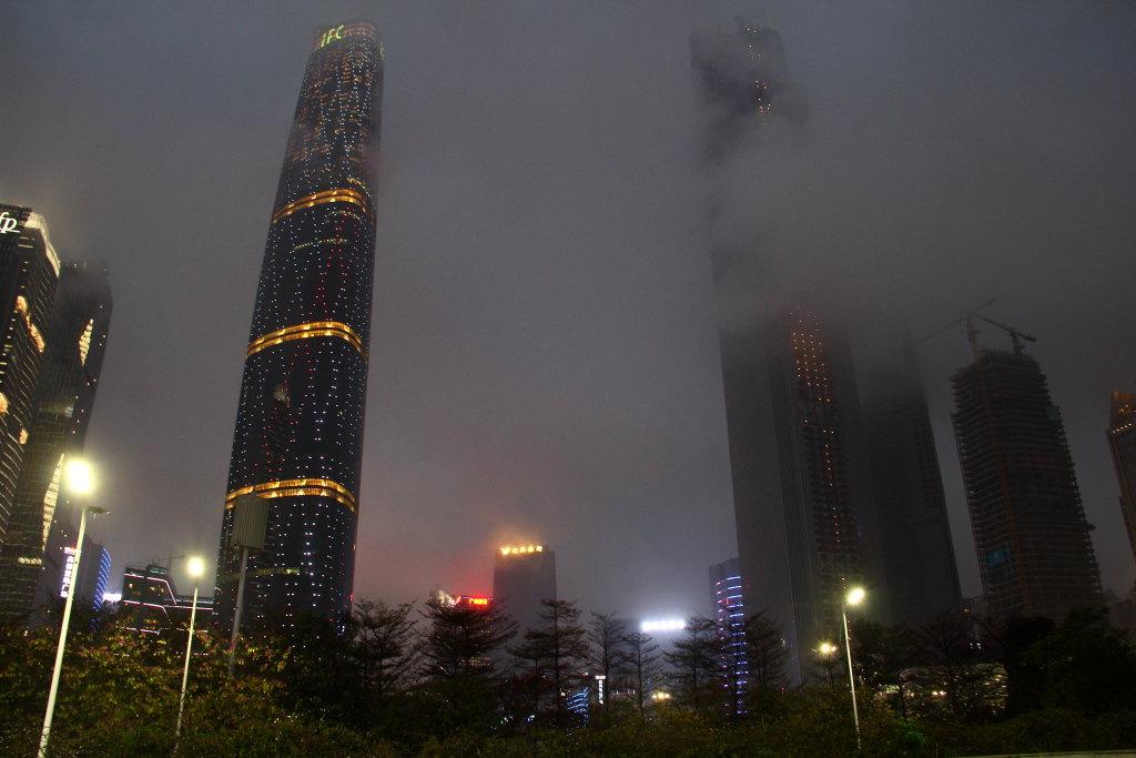 桂林双子塔手绘