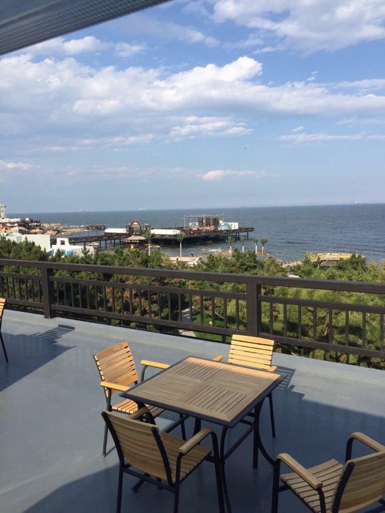 北戴河海巢沙滩亲海景木屋主题酒店 北戴河海巢沙滩亲海景木屋主题